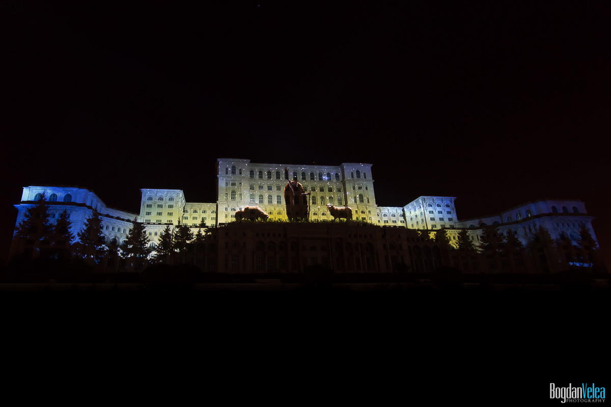 iMapp-Bucharest-2015-video-mapping-Casa-Poporului-131