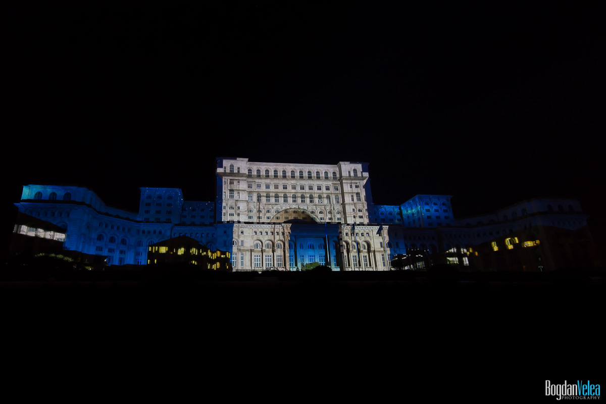 iMapp-Bucharest-2015-video-mapping-Casa-Poporului-133