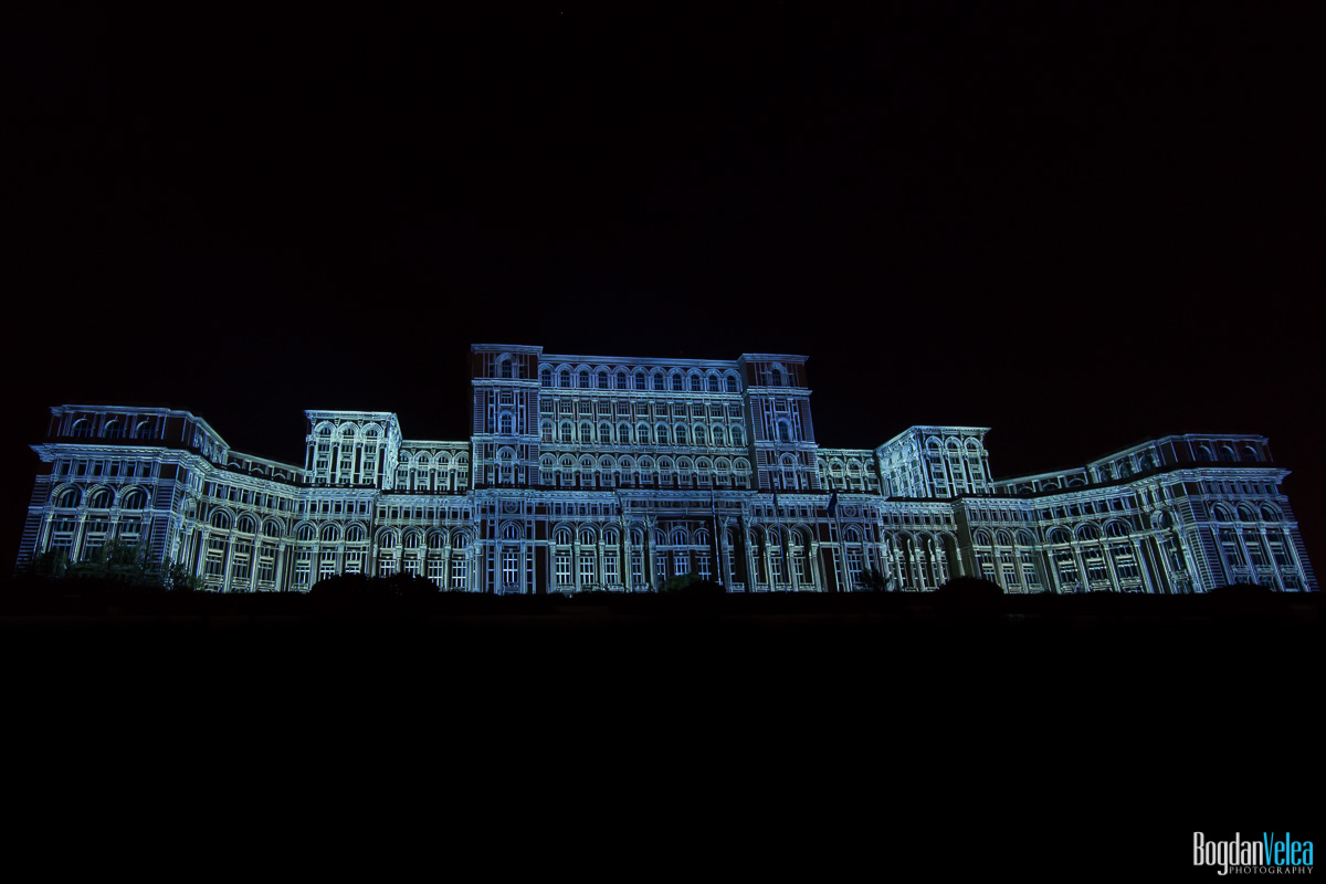 iMapp-Bucharest-2015-video-mapping-Casa-Poporului-136