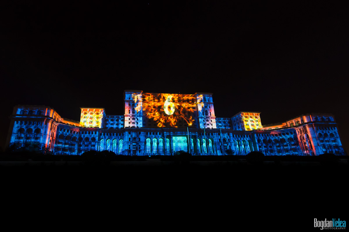 iMapp-Bucharest-2015-video-mapping-Casa-Poporului-138
