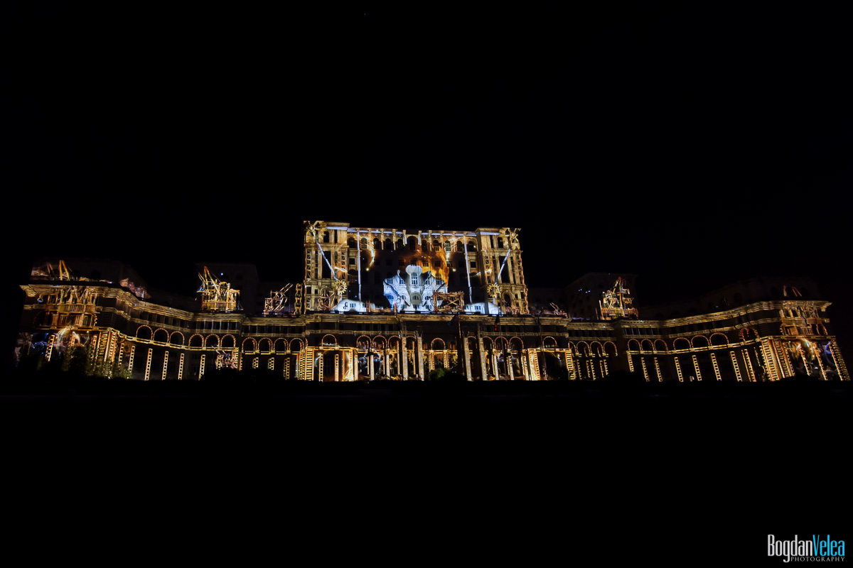 iMapp-Bucharest-2015-video-mapping-Casa-Poporului-147
