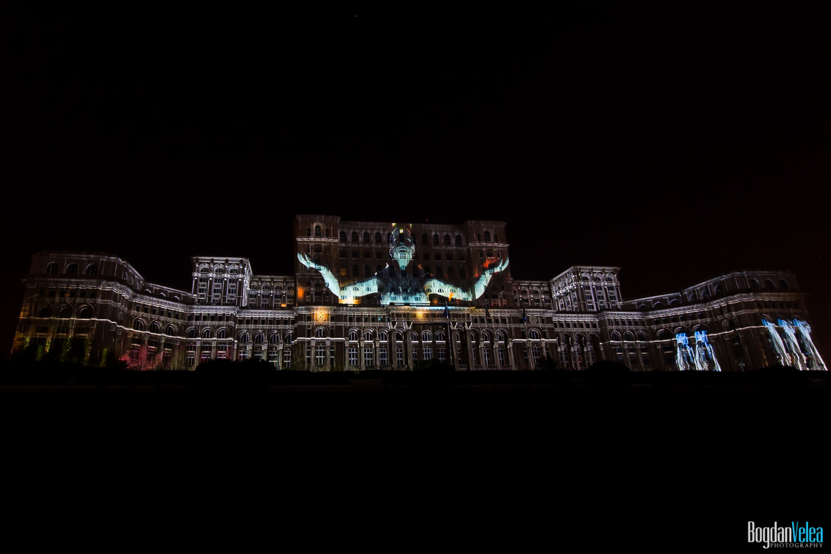 iMapp-Bucharest-2015-video-mapping-Casa-Poporului-154