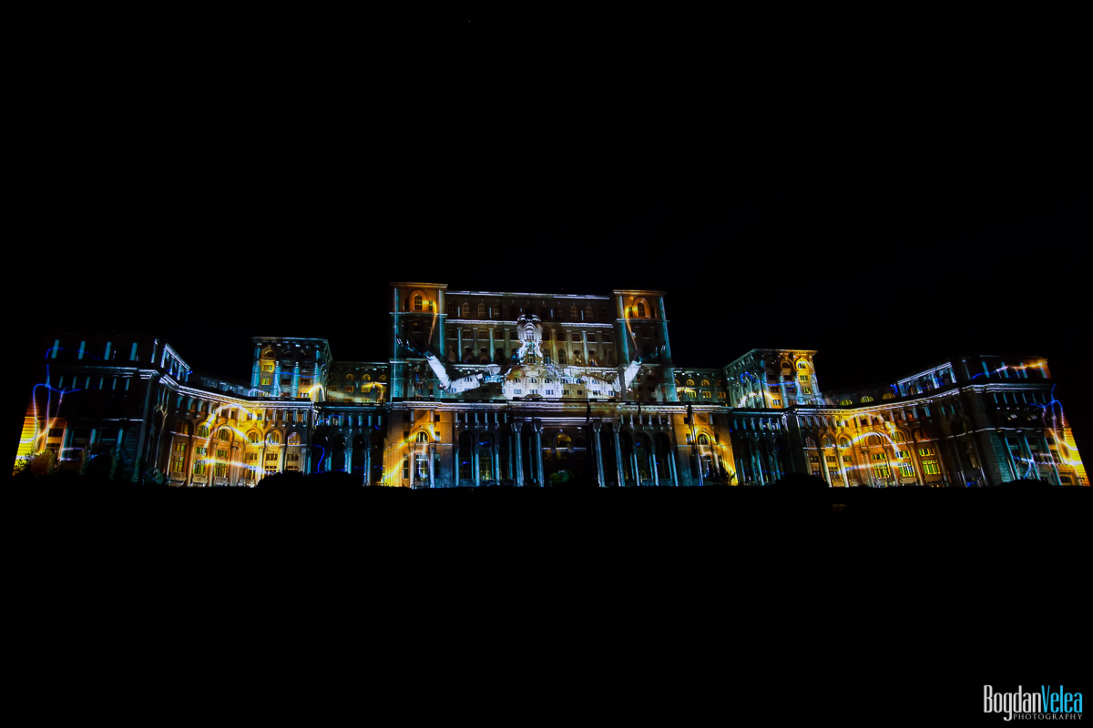 iMapp-Bucharest-2015-video-mapping-Casa-Poporului-155
