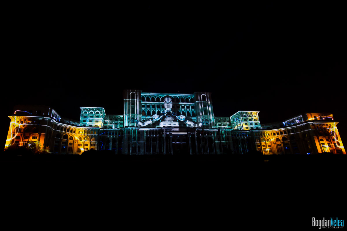 iMapp-Bucharest-2015-video-mapping-Casa-Poporului-156