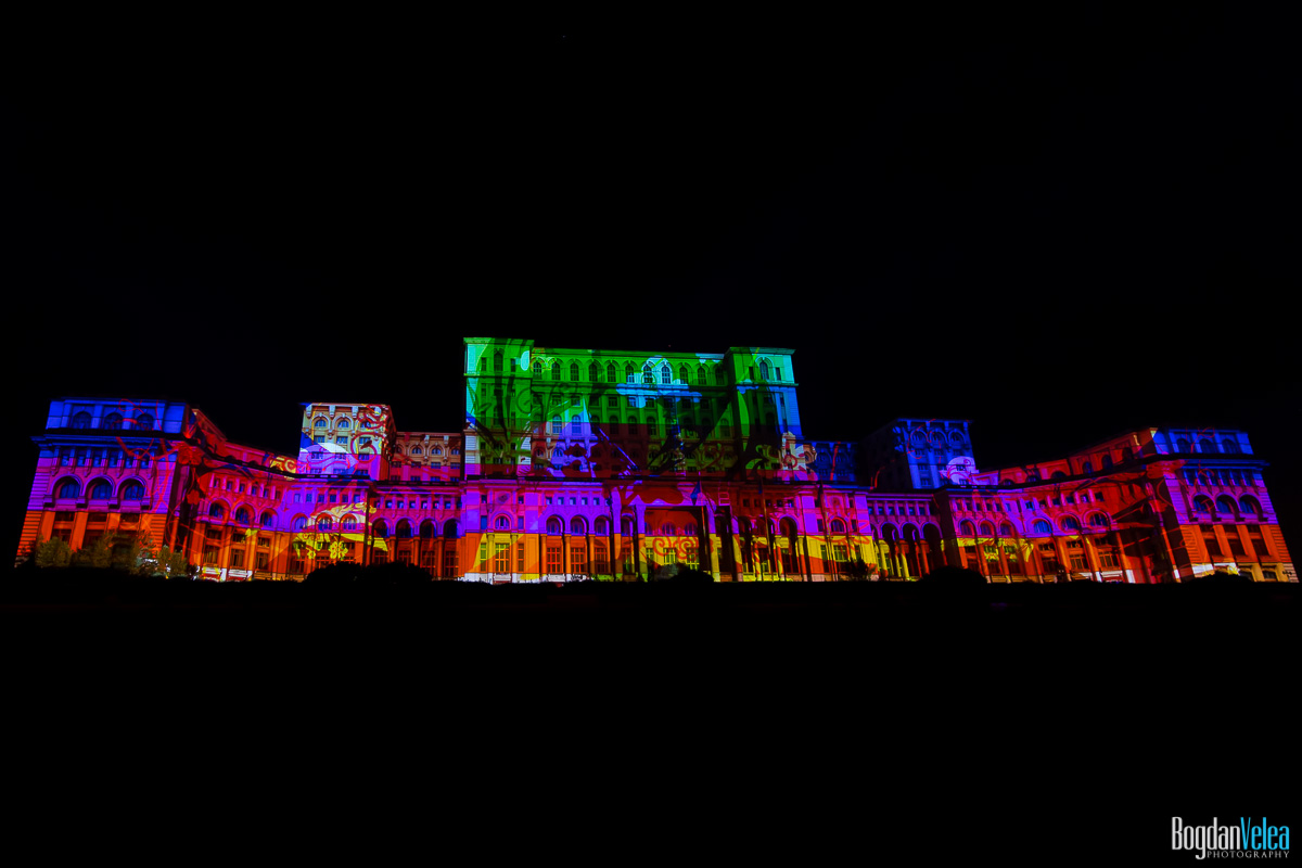 iMapp-Bucharest-2015-video-mapping-Casa-Poporului-161