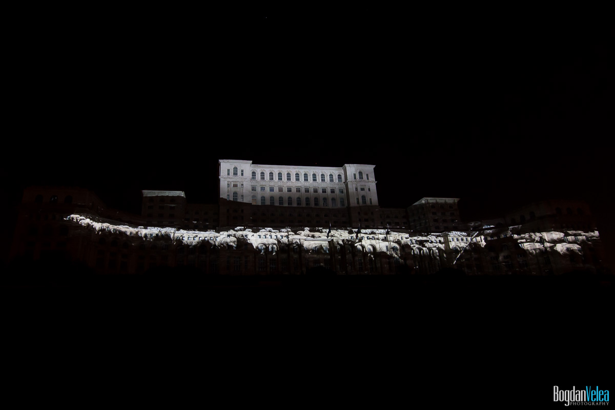 iMapp-Bucharest-2015-video-mapping-Casa-Poporului-162