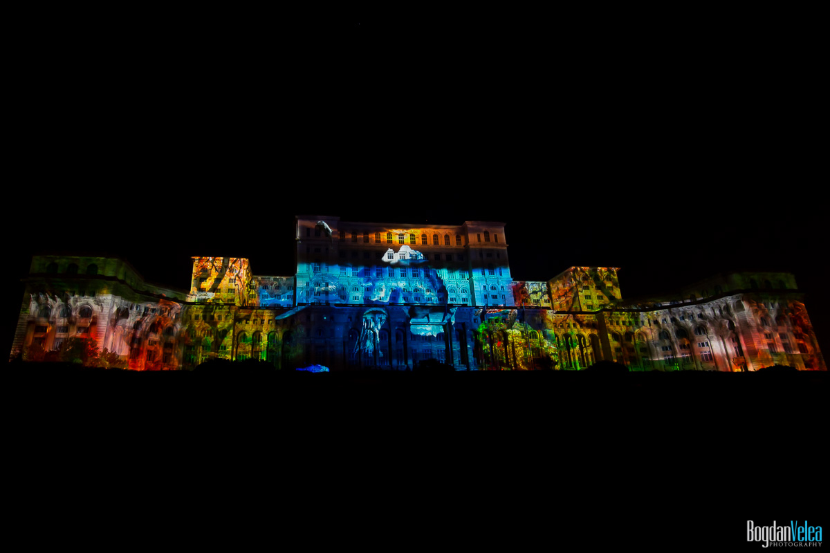 iMapp-Bucharest-2015-video-mapping-Casa-Poporului-164