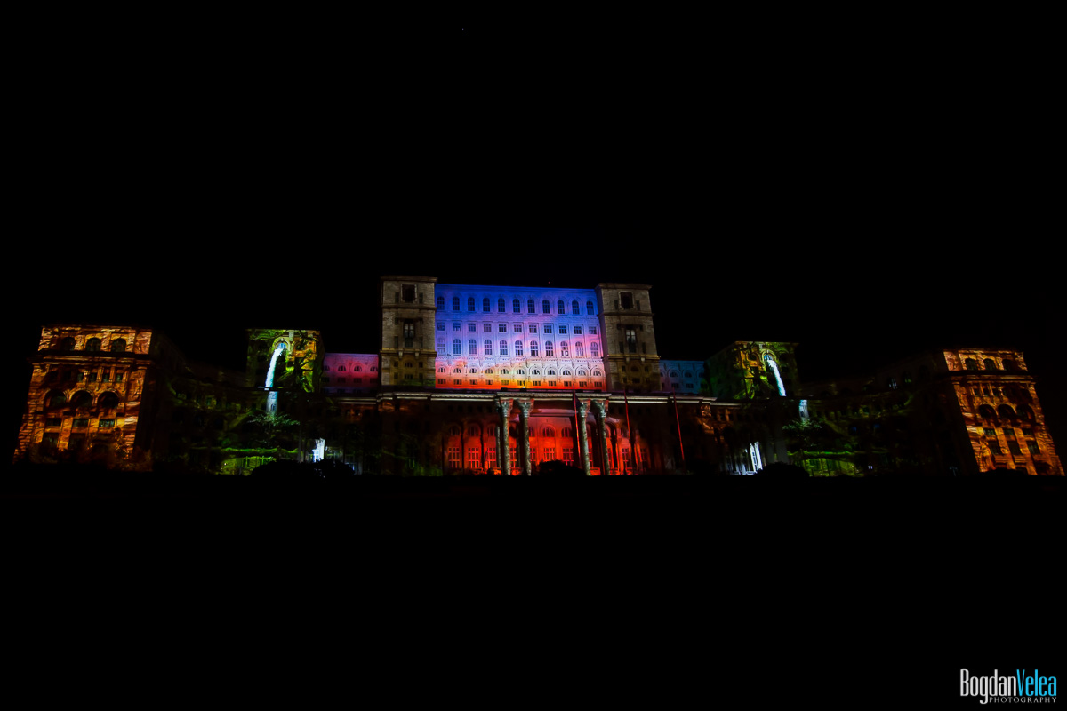 iMapp-Bucharest-2015-video-mapping-Casa-Poporului-165
