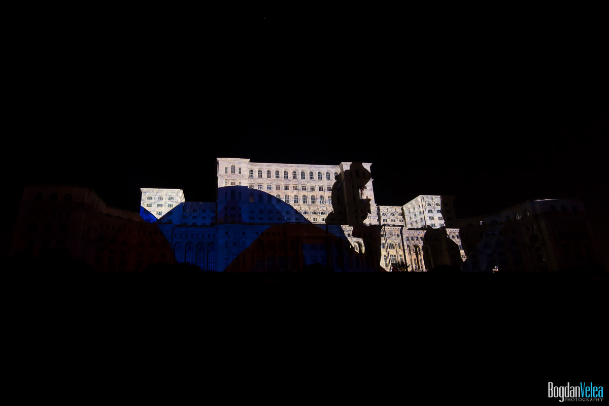 iMapp-Bucharest-2015-video-mapping-Casa-Poporului-172
