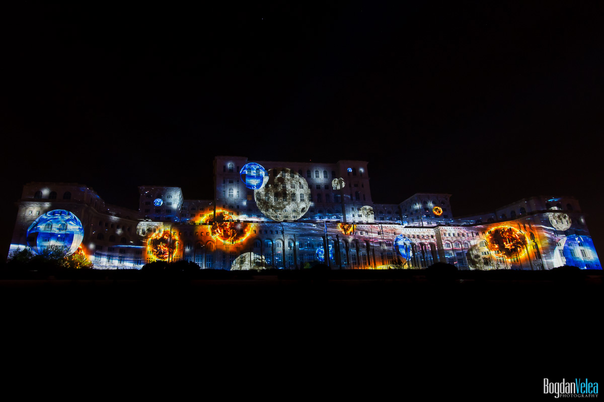 iMapp-Bucharest-2015-video-mapping-Casa-Poporului-177