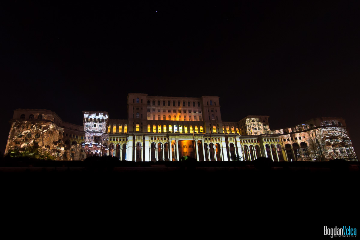 iMapp-Bucharest-2015-video-mapping-Casa-Poporului-179