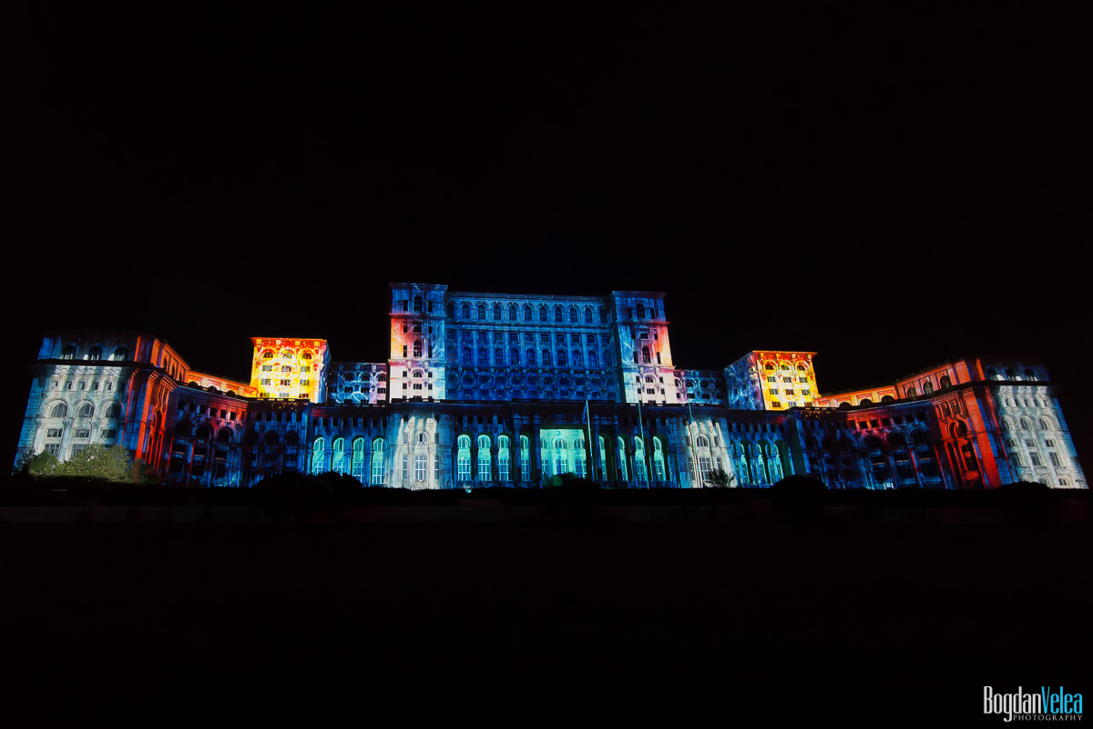 iMapp-Bucharest-2015-video-mapping-Casa-Poporului-184