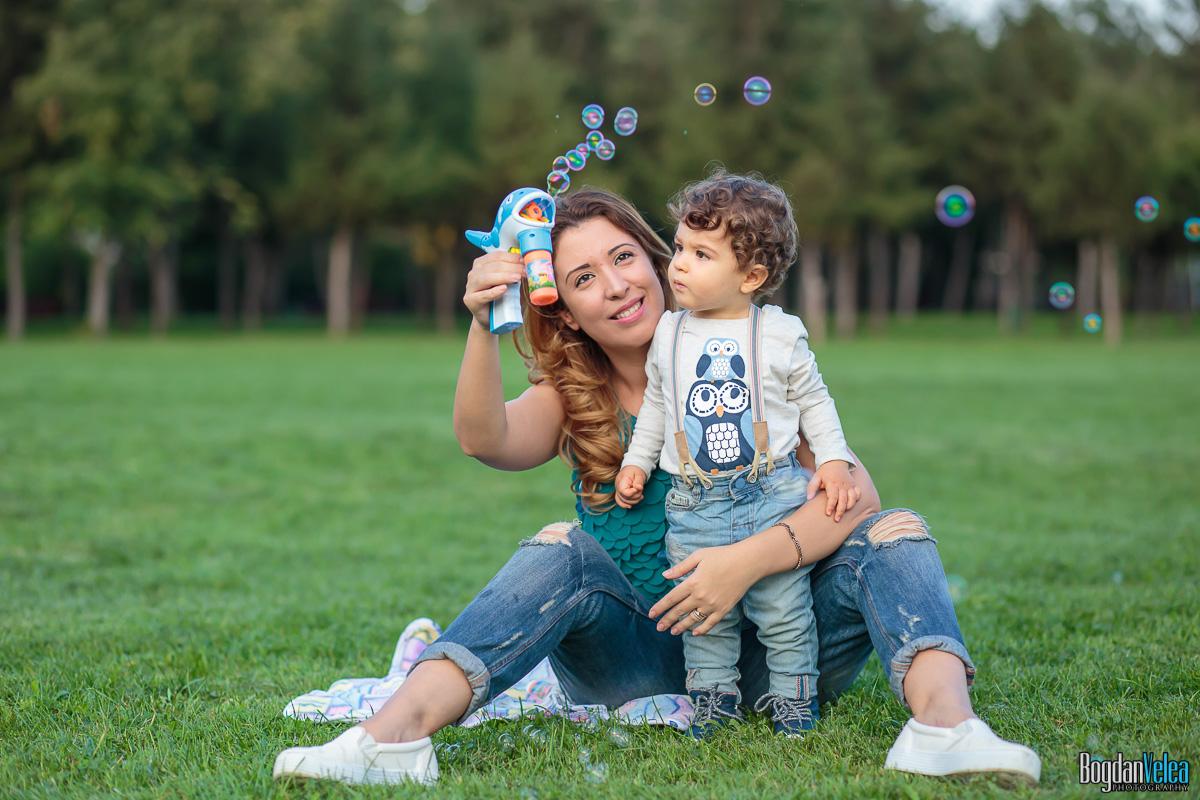 Sedinta-foto-de-familie-Amir-Andrei-1-an-25