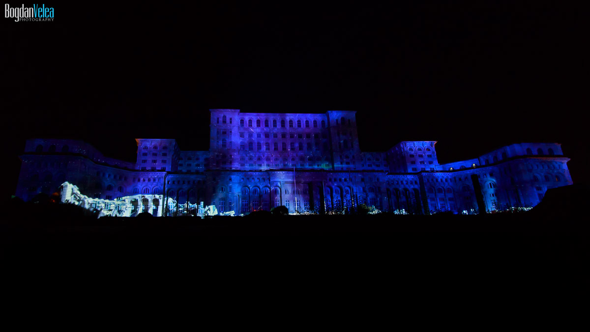 imapp-bucharest-2016-video-mapping-palatul-parlamentului-004
