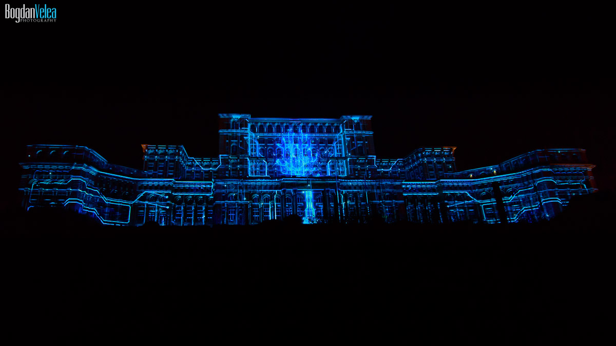 imapp-bucharest-2016-video-mapping-palatul-parlamentului-035