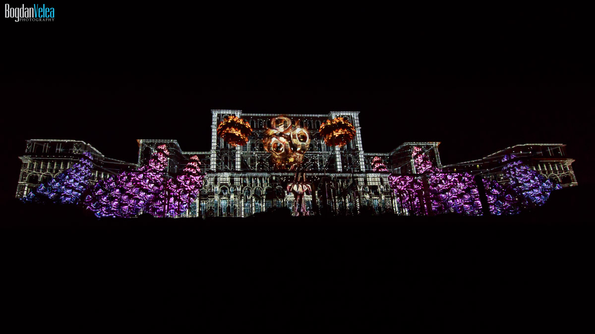 imapp-bucharest-2016-video-mapping-palatul-parlamentului-041
