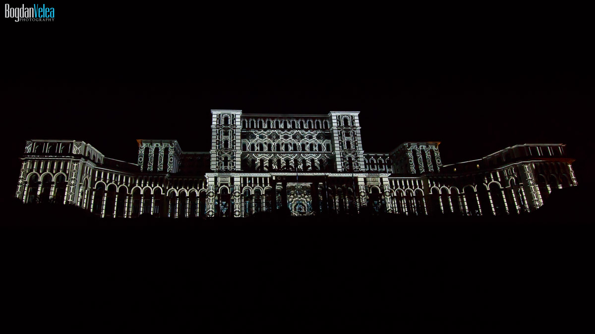 imapp-bucharest-2016-video-mapping-palatul-parlamentului-042