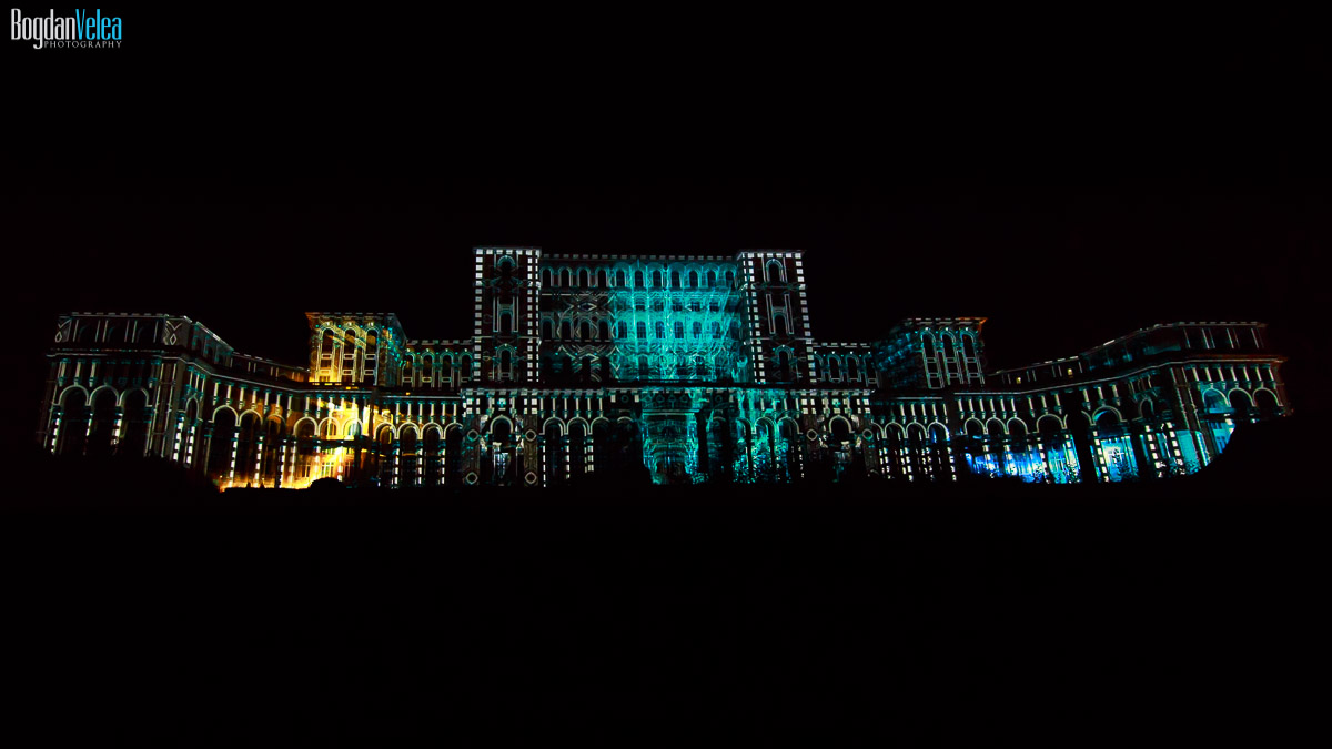 imapp-bucharest-2016-video-mapping-palatul-parlamentului-046