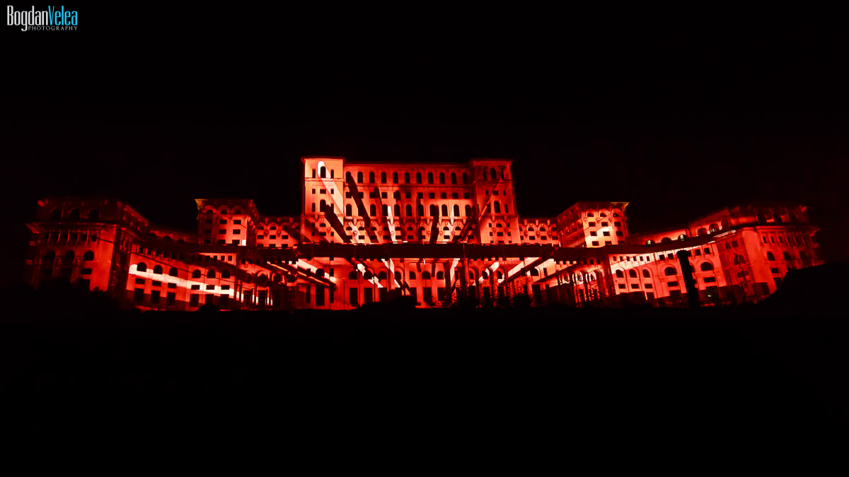 imapp-bucharest-2016-video-mapping-palatul-parlamentului-079