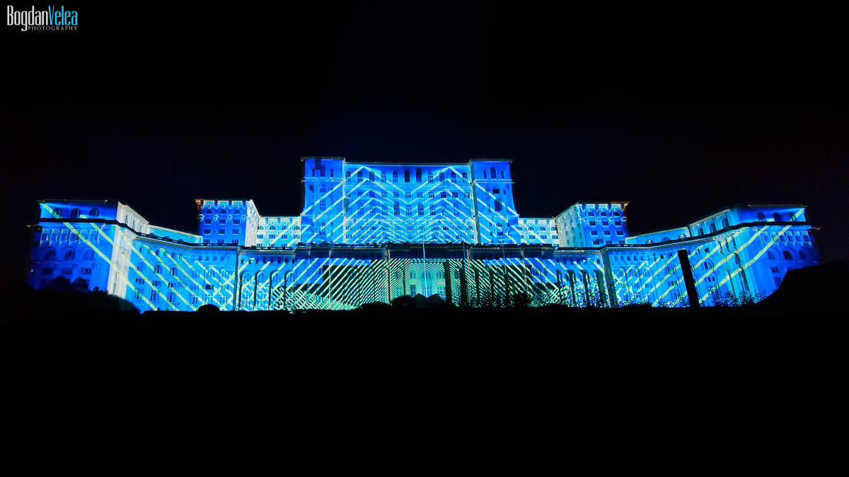 imapp-bucharest-2016-video-mapping-palatul-parlamentului-082