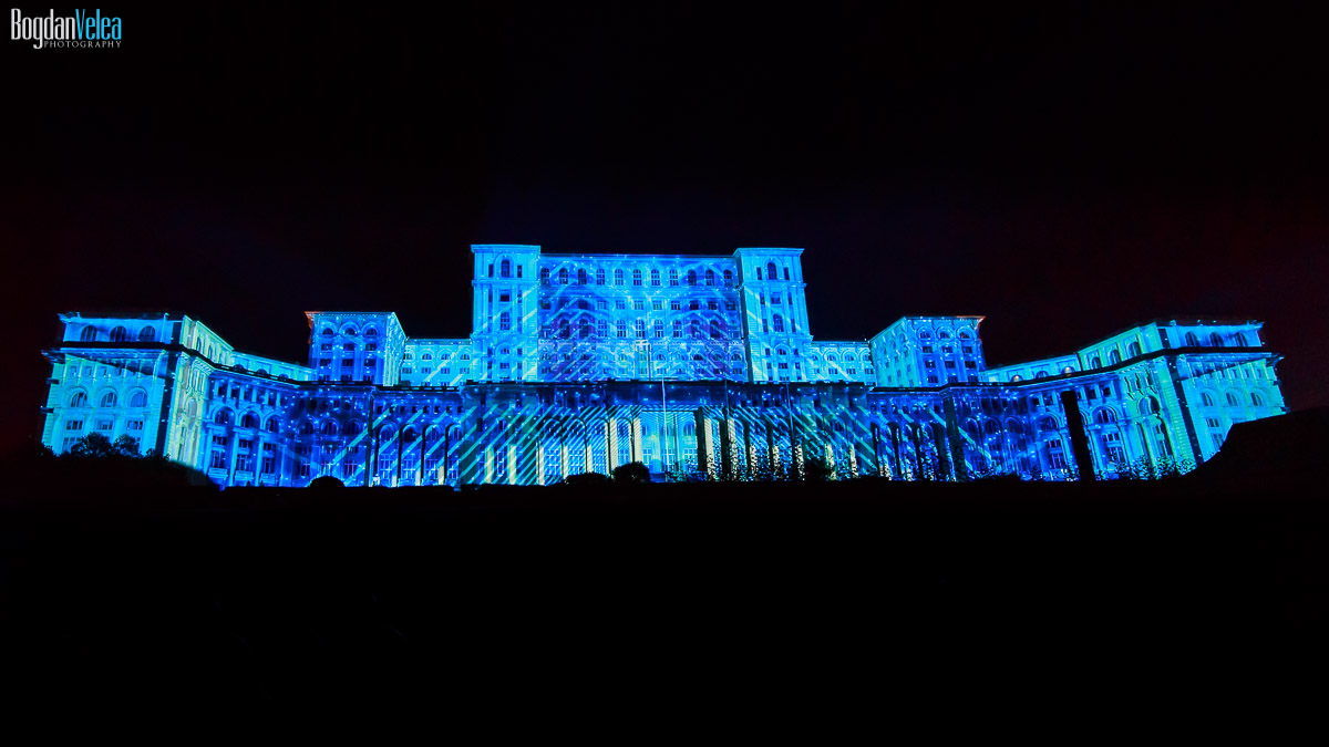 imapp-bucharest-2016-video-mapping-palatul-parlamentului-084