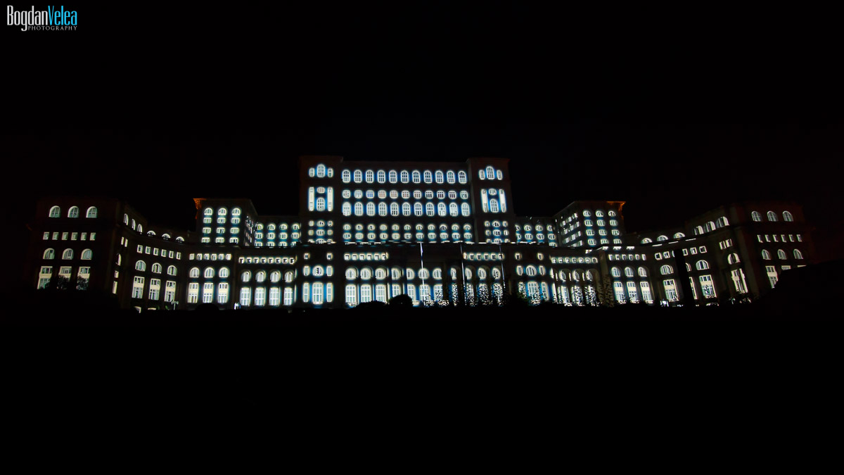 imapp-bucharest-2016-video-mapping-palatul-parlamentului-088
