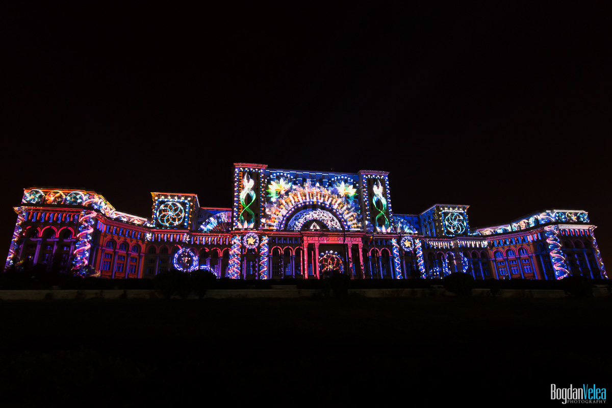 iMapp-Bucharest-2015-video-mapping-Casa-Poporului-008