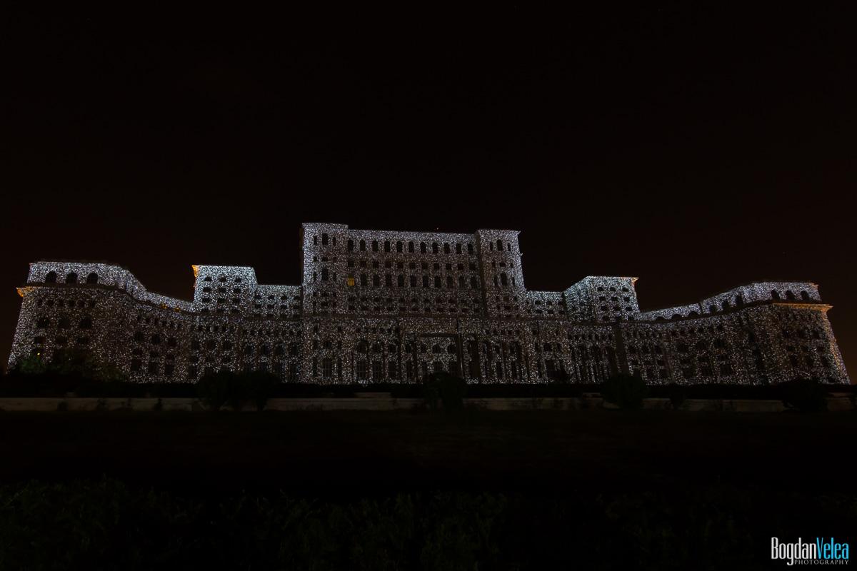 iMapp-Bucharest-2015-video-mapping-Casa-Poporului-026