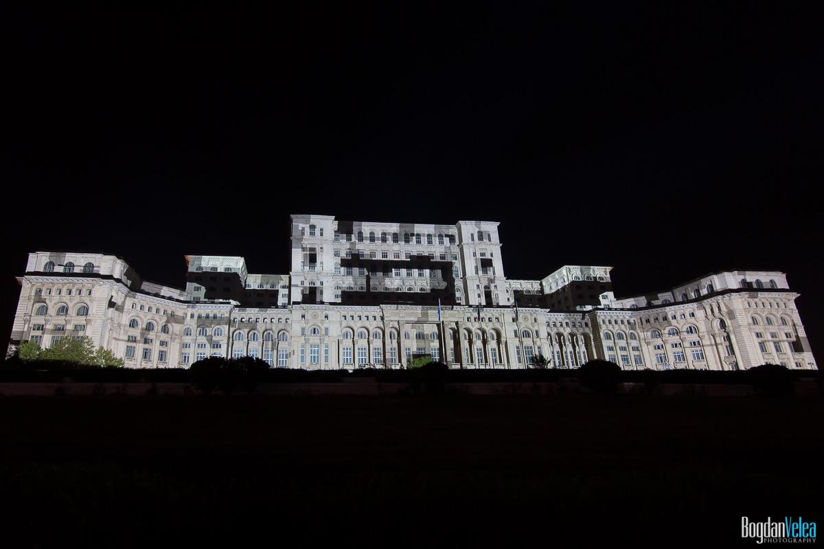 iMapp-Bucharest-2015-video-mapping-Casa-Poporului-029