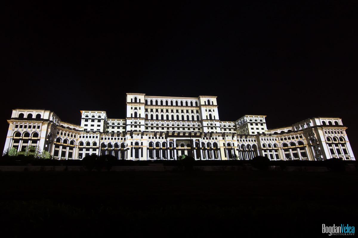 iMapp-Bucharest-2015-video-mapping-Casa-Poporului-031