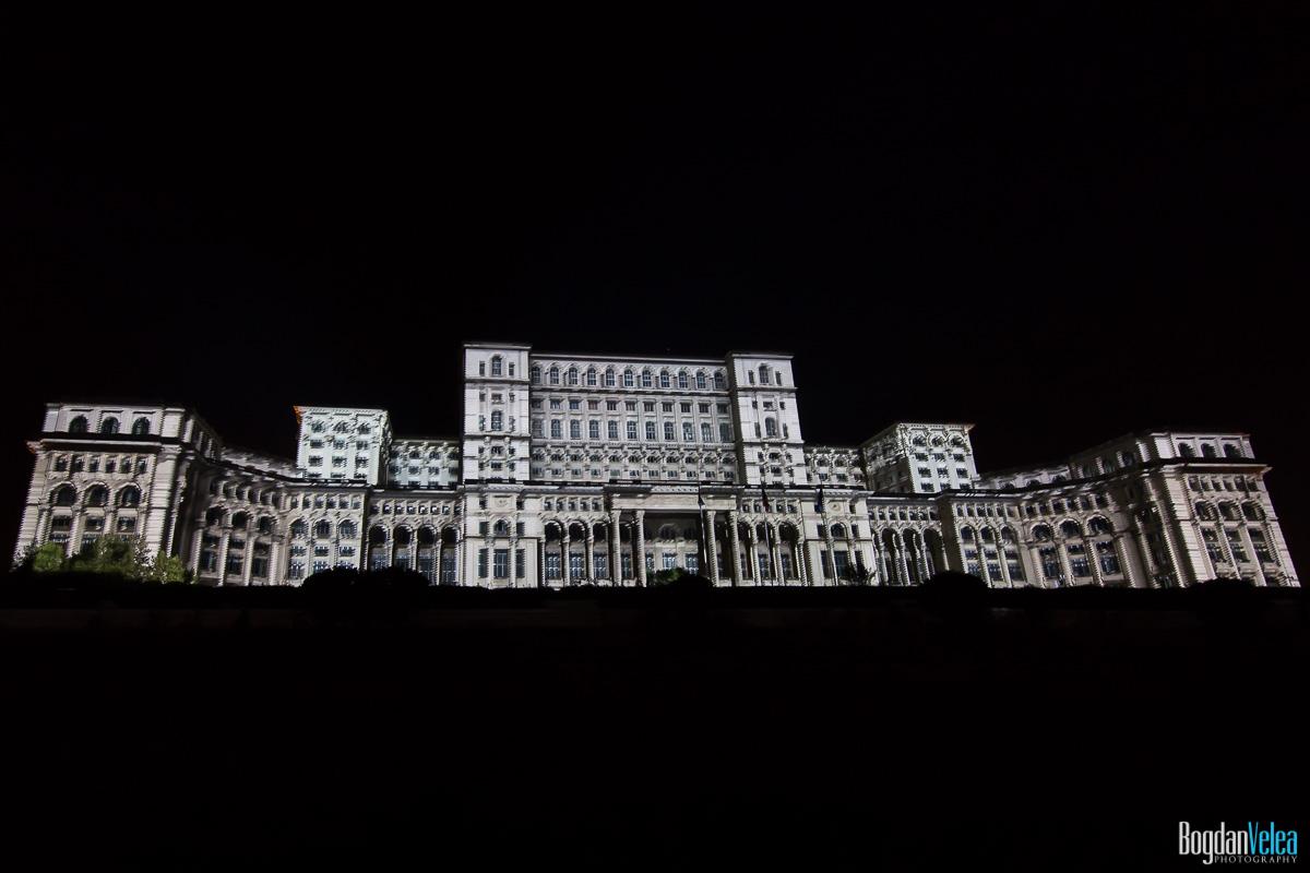 iMapp-Bucharest-2015-video-mapping-Casa-Poporului-039