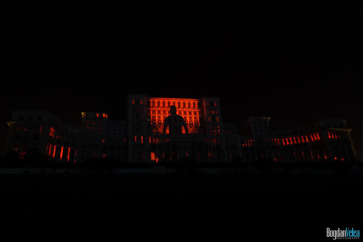 iMapp-Bucharest-2015-video-mapping-Casa-Poporului-051