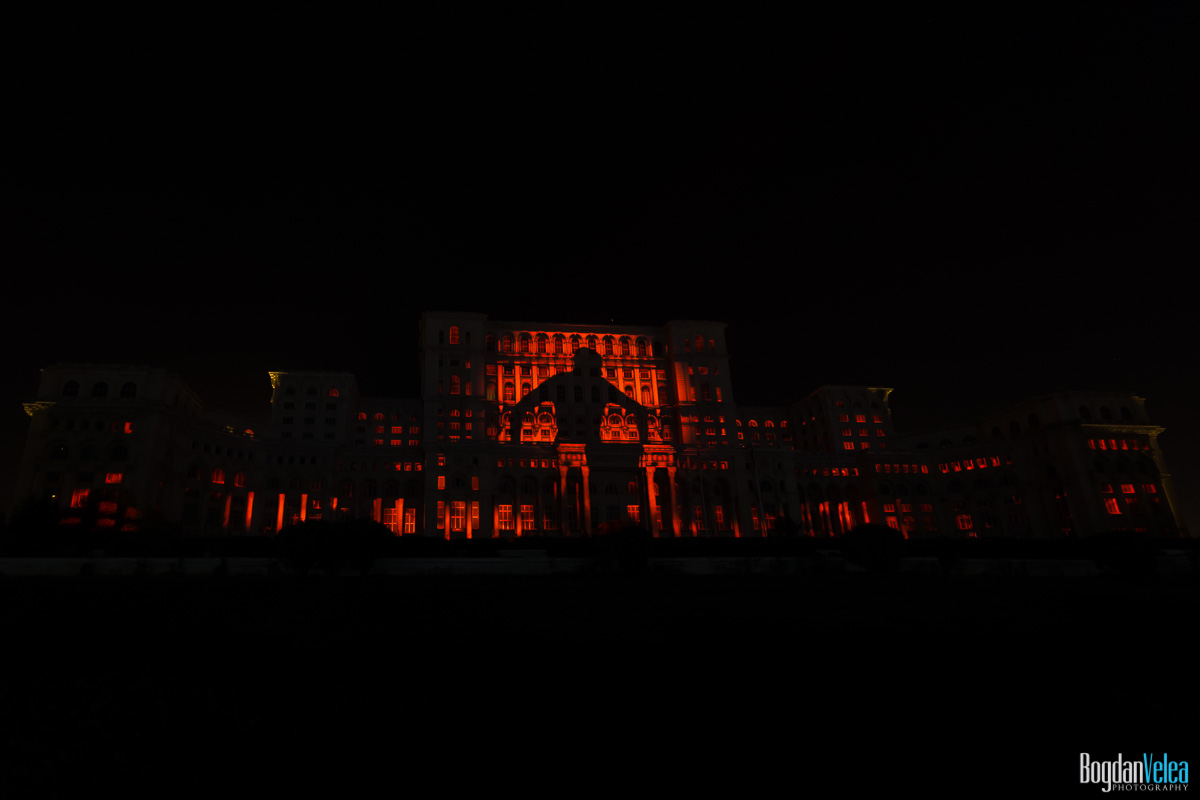 iMapp-Bucharest-2015-video-mapping-Casa-Poporului-052