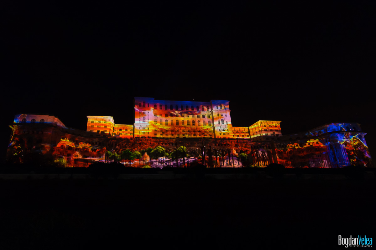 iMapp-Bucharest-2015-video-mapping-Casa-Poporului-084
