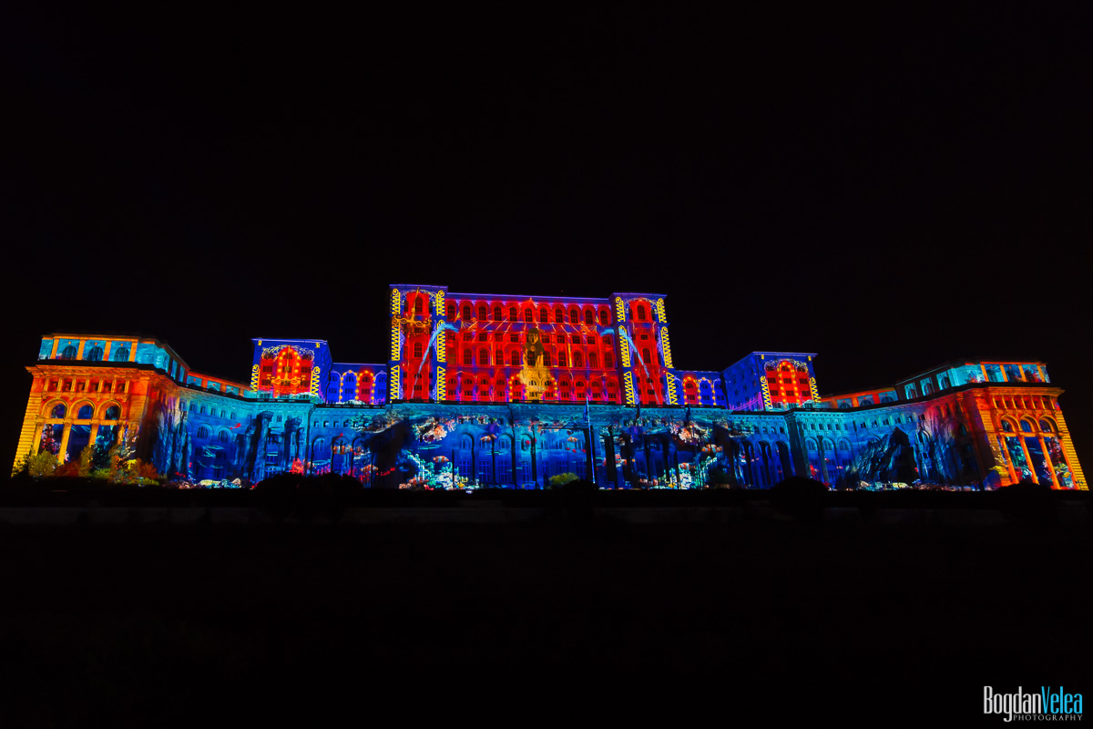 iMapp-Bucharest-2015-video-mapping-Casa-Poporului-089