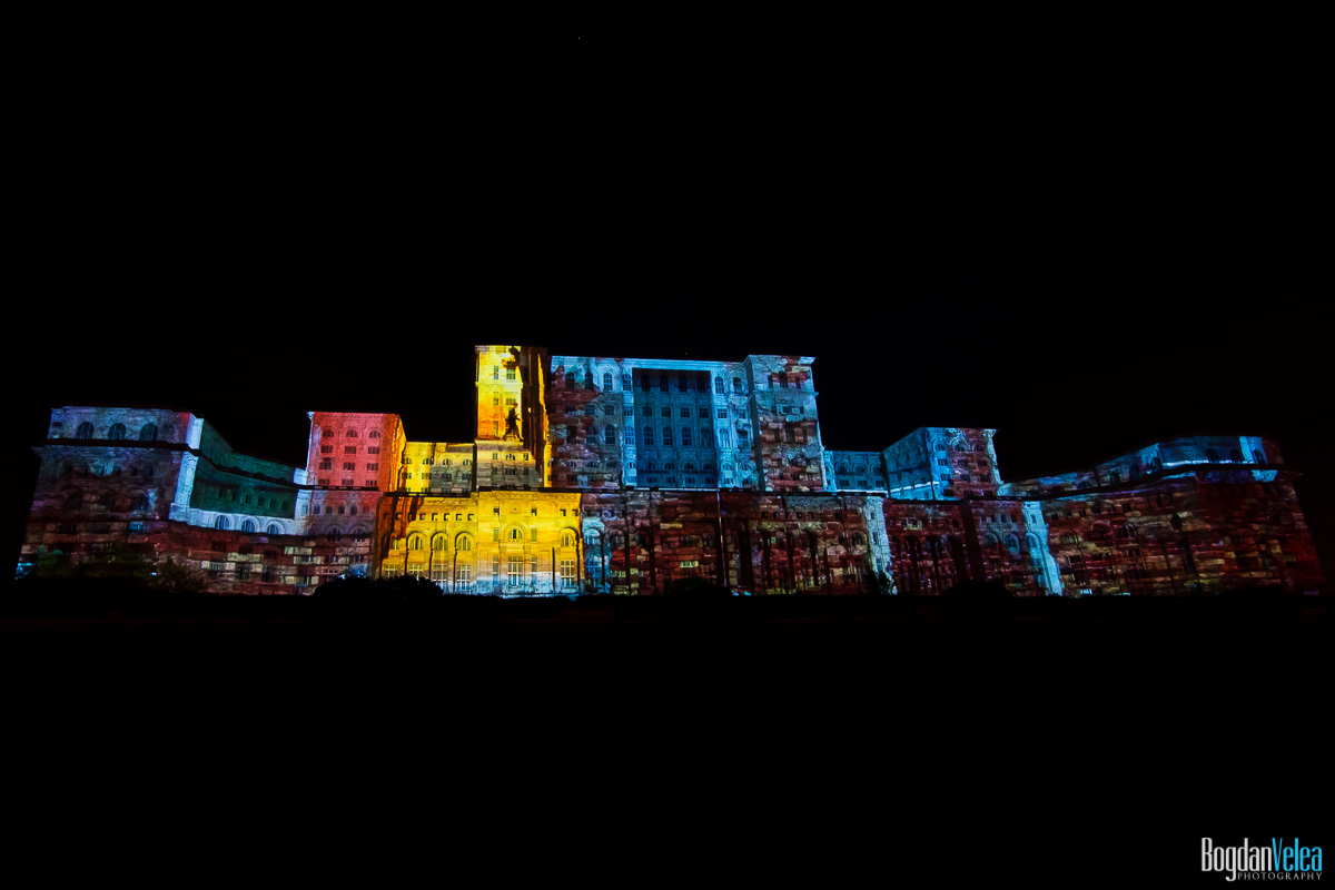 iMapp-Bucharest-2015-video-mapping-Casa-Poporului-168