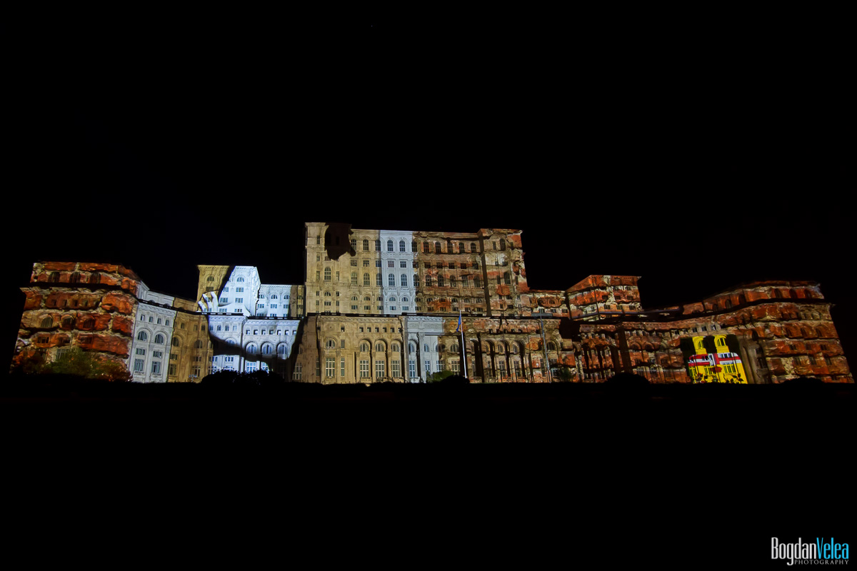 iMapp-Bucharest-2015-video-mapping-Casa-Poporului-171