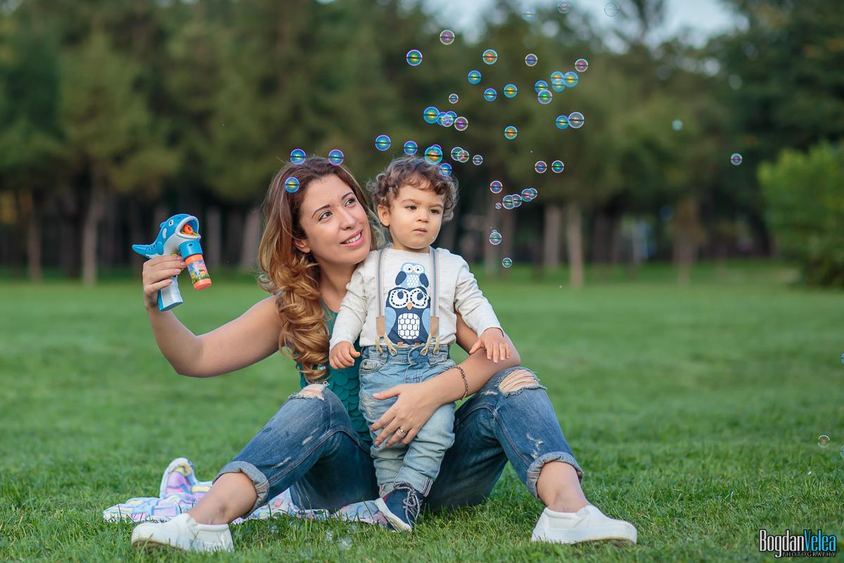 Sedinta-foto-de-familie-Amir-Andrei-1-an-26