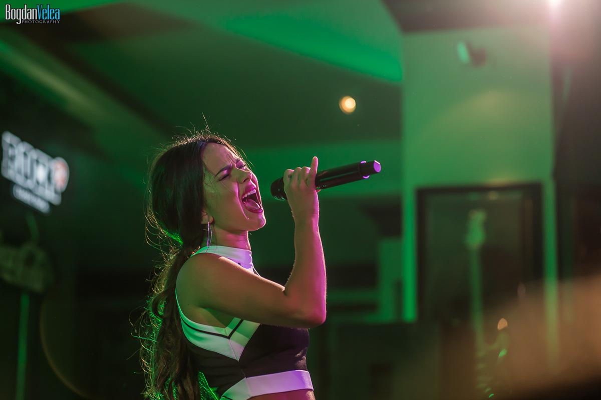 Concert-INNA-Hard-Rock-Cafe-22