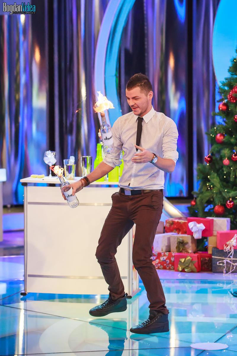 Show-Valentin-Luca-Revelion-Antena1-02