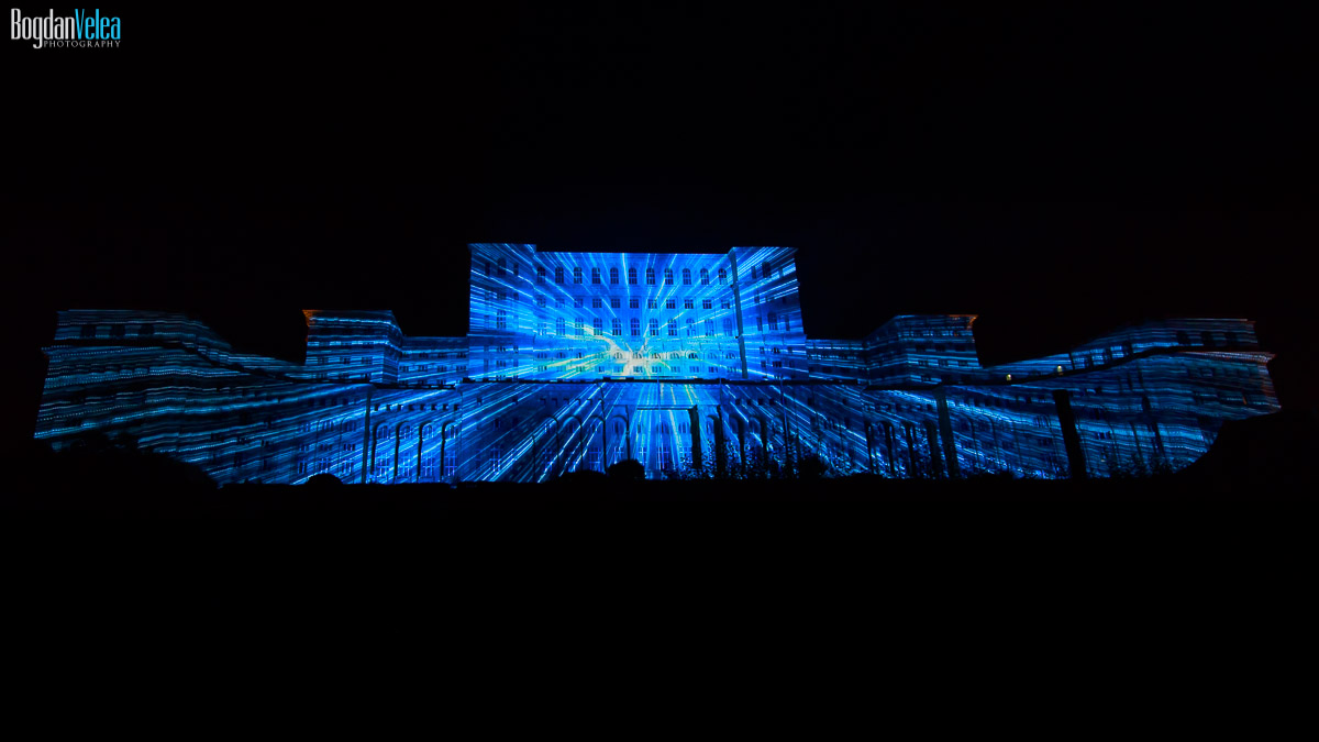 imapp-bucharest-2016-video-mapping-palatul-parlamentului-017