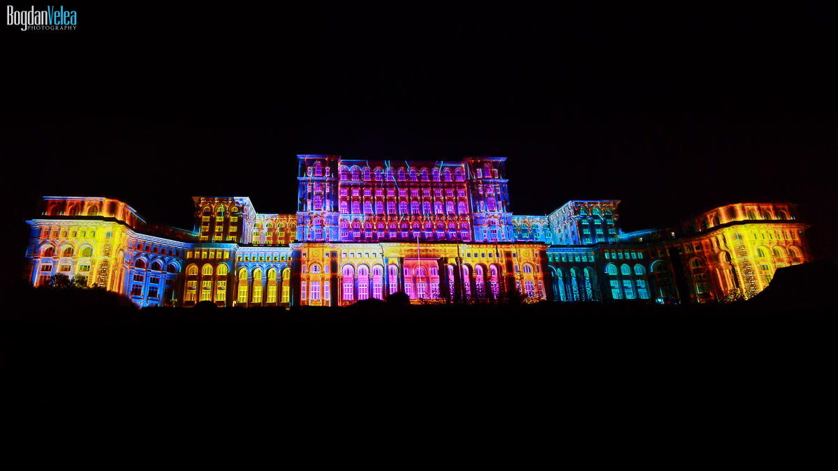 imapp-bucharest-2016-video-mapping-palatul-parlamentului-020