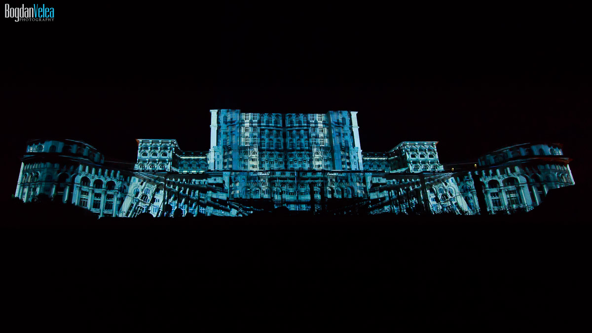imapp-bucharest-2016-video-mapping-palatul-parlamentului-039