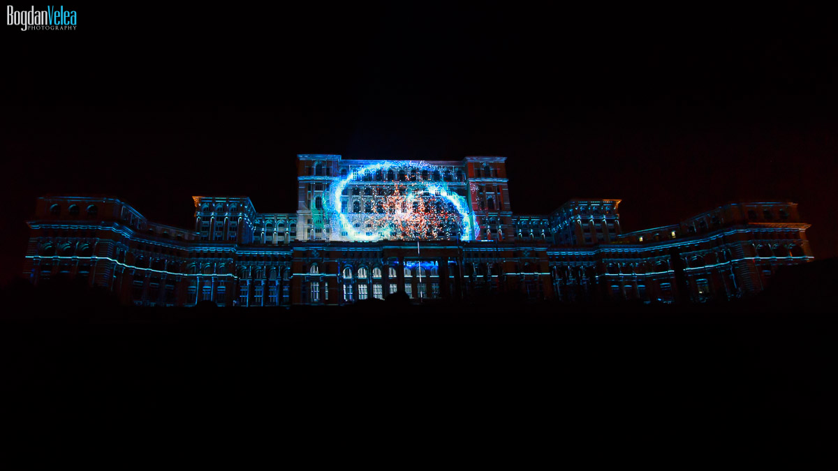 imapp-bucharest-2016-video-mapping-palatul-parlamentului-048