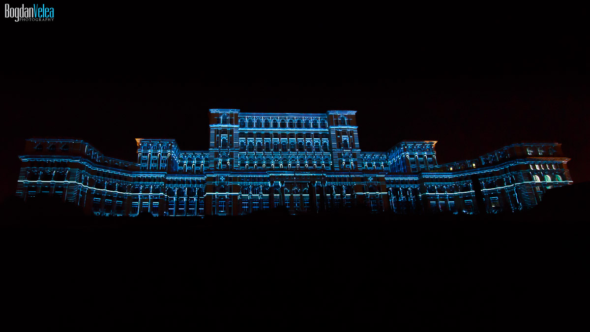 imapp-bucharest-2016-video-mapping-palatul-parlamentului-050