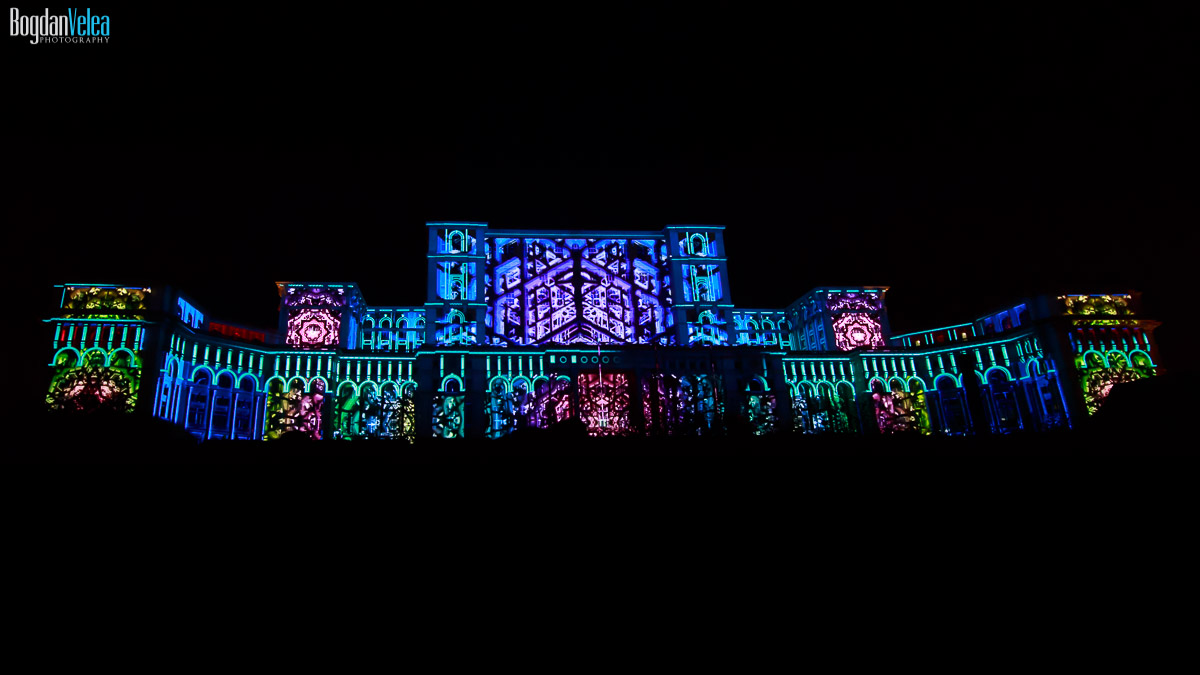 imapp-bucharest-2016-video-mapping-palatul-parlamentului-053
