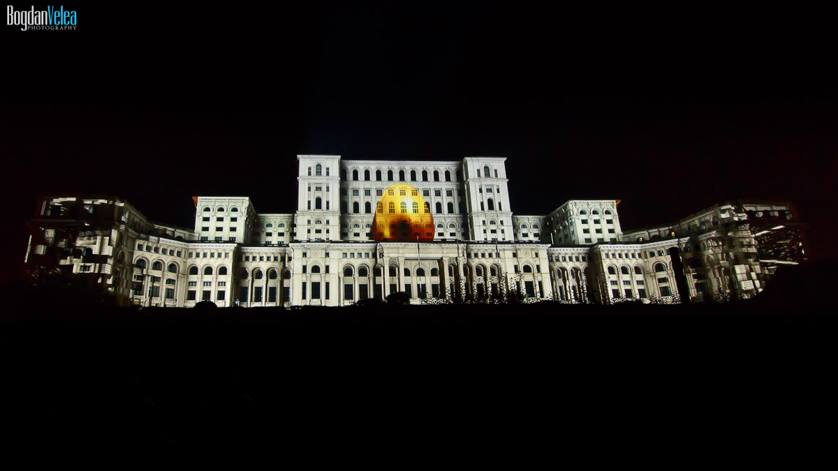 imapp-bucharest-2016-video-mapping-palatul-parlamentului-060