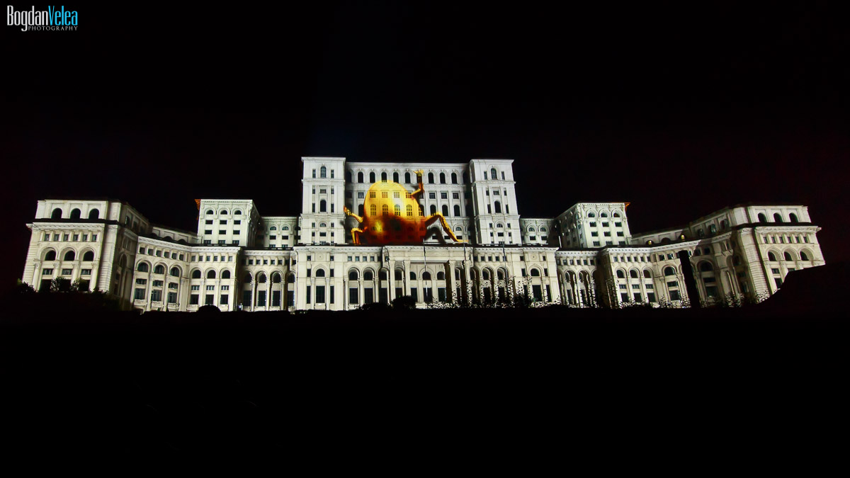 imapp-bucharest-2016-video-mapping-palatul-parlamentului-061