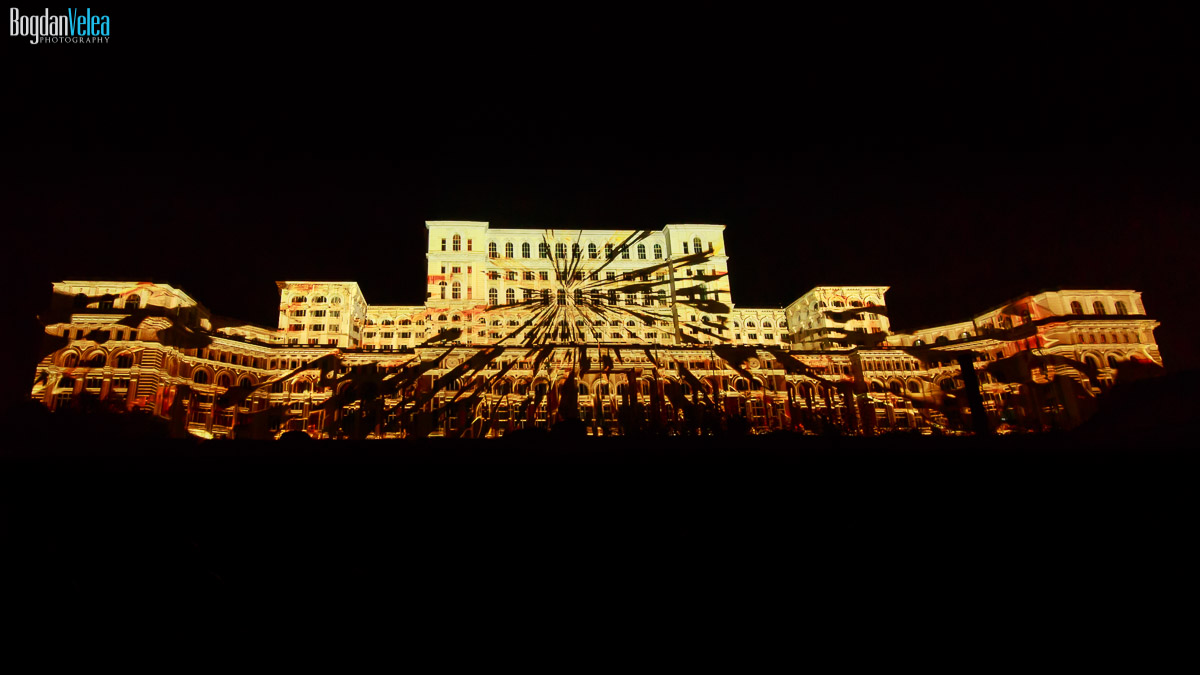 imapp-bucharest-2016-video-mapping-palatul-parlamentului-063
