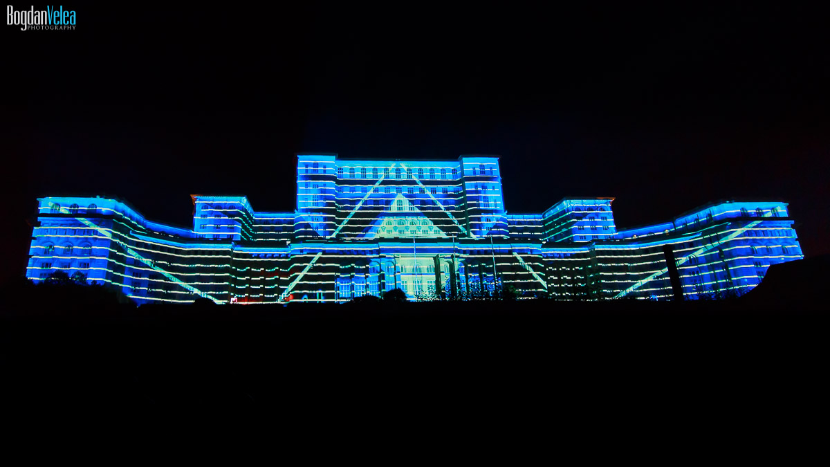 imapp-bucharest-2016-video-mapping-palatul-parlamentului-081